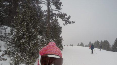 Clara_Skiing2